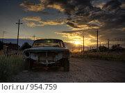 Старый автомобиль. Стоковое фото, фотограф Евгений Булатов / Фотобанк Лори