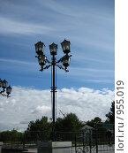 Старый уличный фонарь. Стоковое фото, фотограф Александр Евдокимов / Фотобанк Лори