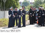 Купить «Инспекторы  ДПС», фото № 957071, снято 3 июля 2009 г. (c) Николай Гернет / Фотобанк Лори