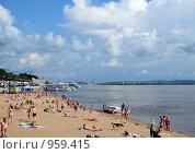 Купить «Хабаровск, пляж, река Амур», эксклюзивное фото № 959415, снято 4 июля 2009 г. (c) Катерина Белякина / Фотобанк Лори