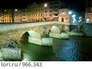 Купить «Сараево, Принципов мост ночью», фото № 966343, снято 5 мая 2009 г. (c) Paul Bee / Фотобанк Лори