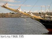 Купить «Нева. Санкт-Петербург», эксклюзивное фото № 968195, снято 9 июля 2009 г. (c) Александр Алексеев / Фотобанк Лори