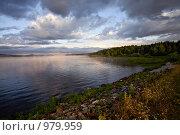 Купить «Утренние краски на озере Зюраткуль», фото № 979959, снято 8 июля 2009 г. (c) Евгений Прокофьев / Фотобанк Лори