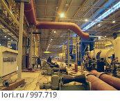Купить «Цех металлургического предприятия с прокатными валками», фото № 997719, снято 2 ноября 2006 г. (c) Кекяляйнен Андрей / Фотобанк Лори