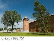 Купить «Стена кремля, Коломна», фото № 998751, снято 13 июня 2009 г. (c) Юлия Сайганова / Фотобанк Лори
