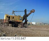 Купить «Карьерный гусеничный экскаватор ЭКГ-5», фото № 1010847, снято 30 июля 2009 г. (c) Геннадий Соловьев / Фотобанк Лори
