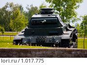 Купить «Танк», фото № 1017775, снято 1 июня 2009 г. (c) Александр Артемьев / Фотобанк Лори