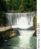 Купить «Водопад в г. Новый Афон», фото № 1025591, снято 19 июля 2009 г. (c) Елена Велесова / Фотобанк Лори
