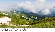 Купить «Горы Абхазии», фото № 1043667, снято 22 июля 2009 г. (c) Александр Шуников / Фотобанк Лори