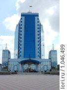 Современное бизнес здание (2009 год). Редакционное фото, фотограф Федор Болба / Фотобанк Лори
