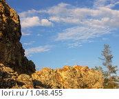 Скала и небо. Стоковое фото, фотограф Шишмарев Александр / Фотобанк Лори
