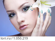 Купить «Лицо девушки с боди-артом», фото № 1050219, снято 20 февраля 2009 г. (c) Serg Zastavkin / Фотобанк Лори