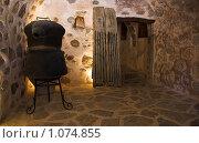 Купить «Древние кельи для монахов. Средневековый монастырь Богоматери Кардиотисы.», фото № 1074855, снято 4 июля 2007 г. (c) Вадим Хомяков / Фотобанк Лори