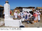 Купить «Атамань,казачье подворье,приготовление пищи», фото № 1075855, снято 6 сентября 2009 г. (c) Игорь Архипов / Фотобанк Лори