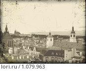 Купить «Старинная открытка с панорамой Старой Праги», иллюстрация № 1079963 (c) крижевская юлия валерьевна / Фотобанк Лори