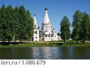 Церковь Богоявления Господня  в п. Красное-на-Волге ( Костромская область), 1592 г, фото № 1080679, снято 31 мая 2009 г. (c) ElenArt / Фотобанк Лори