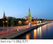 Вечерняя Москва. Кремль (2007 год). Стоковое фото, фотограф Павел Красихин / Фотобанк Лори