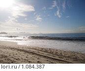 Купить «Великолепное утро на берегу Атлантического океана.Рио-де-Жанейро», фото № 1084387, снято 25 марта 2009 г. (c) Шмелева Ольга / Фотобанк Лори