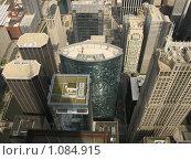 Купить «Вид на небоскребы Чикаго с высоты птичьего полета», фото № 1084915, снято 8 сентября 2007 г. (c) Евгений Дубинчук / Фотобанк Лори