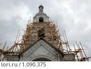 Купить «Храм Успения Пресвятой богородицы», фото № 1090375, снято 5 августа 2009 г. (c) Григорий Евсеев / Фотобанк Лори