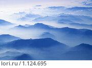 Купить «Альпы. Вид с самолета», фото № 1124695, снято 22 апреля 2018 г. (c) Михаил Лавренов / Фотобанк Лори
