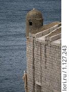 Купить «Вид на Адриатическое море и крепостную стену. Дубровник, Старый город, Хорватия.», фото № 1127243, снято 5 сентября 2009 г. (c) Сергей Бесчастный / Фотобанк Лори