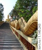 Купить «Таиланд, Патая, змей Наг около буддийского храма», фото № 1140243, снято 15 марта 2009 г. (c) Елена Воронкова / Фотобанк Лори