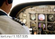 Купить «Летчик в кабине самолёта», фото № 1157535, снято 15 сентября 2009 г. (c) Алексей Лебедев / Фотобанк Лори