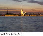 Купить «Петропавловская крепость ночью», фото № 1166587, снято 12 июня 2009 г. (c) Виктор Юрасов / Фотобанк Лори
