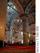 Купить «Интерьер мечети Беязит (г. Стамбул)», фото № 1166999, снято 20 апреля 2009 г. (c) Самохвалов Артем / Фотобанк Лори