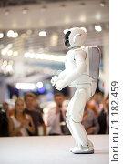 Купить «Робот Асимо/Asimo», фото № 1182459, снято 27 августа 2008 г. (c) Zelenograd.ru / Фотобанк Лори
