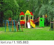 """Купить «Детская площадка в парке """"Покровское-Стрешнево""""», эксклюзивное фото № 1185883, снято 24 июня 2008 г. (c) lana1501 / Фотобанк Лори"""