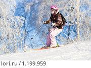 Купить «Девушка на горных лыжах. Морозный день», фото № 1199959, снято 21 декабря 2008 г. (c) Петр Кириллов / Фотобанк Лори