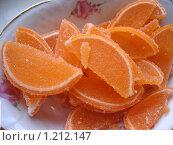 Купить «Дольки оранжевого мармелада», фото № 1212147, снято 20 апреля 2009 г. (c) Ольга Лерх Olga Lerkh / Фотобанк Лори