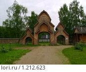 Сумароковская лосиная ферма (2009 год). Редакционное фото, фотограф Смирнов Денис / Фотобанк Лори