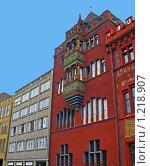 Купить «Базель. Швейцария. Фрагмент здания Ратуши.», фото № 1218907, снято 26 июля 2008 г. (c) Светлана Кудрина / Фотобанк Лори