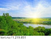 Купить «Летний пейзаж с рекой», фото № 1219851, снято 8 июня 2009 г. (c) Виктория Кириллова / Фотобанк Лори