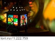 Цветной фонарик. Стоковое фото, фотограф Иван Веселов / Фотобанк Лори