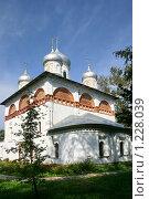 Купить «Старая Русса,  Церковь Святой Троицы», фото № 1228039, снято 4 сентября 2009 г. (c) Александр Секретарев / Фотобанк Лори
