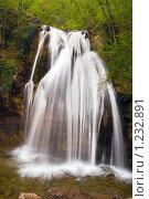 Водопад в лесу (2009 год). Стоковое фото, фотограф Сергей Малеинов / Фотобанк Лори