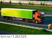 Купить «Грузовик на автостраде», фото № 1263523, снято 9 мая 2008 г. (c) Петр Кириллов / Фотобанк Лори