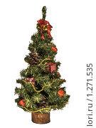Купить «Новогодняя елка на белом фоне», фото № 1271535, снято 7 декабря 2009 г. (c) Ирина Геращенко / Фотобанк Лори