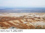 Купить «Горы пустыни Арава и Мертвое море вдалеке с высоты птичьего полета. Израиль», фото № 1282691, снято 25 ноября 2009 г. (c) Наталья Волкова / Фотобанк Лори