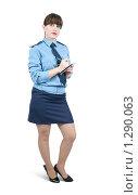 Купить «Девушка-милиционер», фото № 1290063, снято 15 ноября 2009 г. (c) Яков Филимонов / Фотобанк Лори