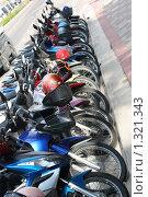 Улица Патаии днем, Таиланд (2009 год). Редакционное фото, фотограф Александр Подобедов / Фотобанк Лори