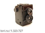 Купить «Старая фотокамера», фото № 1323727, снято 1 мая 2009 г. (c) Воронин Владимир Сергеевич / Фотобанк Лори