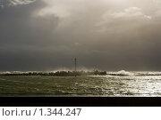 Купить «Шторм на Балтийском море», фото № 1344247, снято 4 октября 2009 г. (c) Анна Лурье / Фотобанк Лори