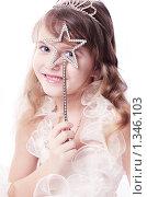 Красивая девочка на белом фоне. Стоковое фото, фотограф Майя Крученкова / Фотобанк Лори