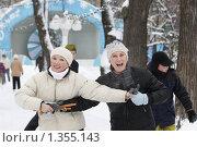 Купить «На катке в саду Эрмитаж», фото № 1355143, снято 2 января 2010 г. (c) Яременко Екатерина / Фотобанк Лори