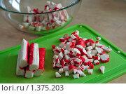 Купить «Крабовые палочки», фото № 1375203, снято 4 января 2010 г. (c) Анна Лурье / Фотобанк Лори